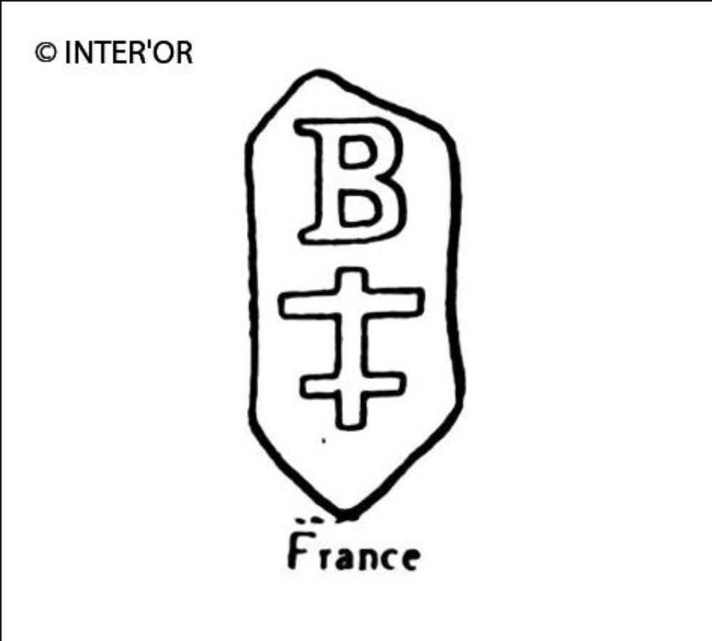 Croix de lorraine sous b