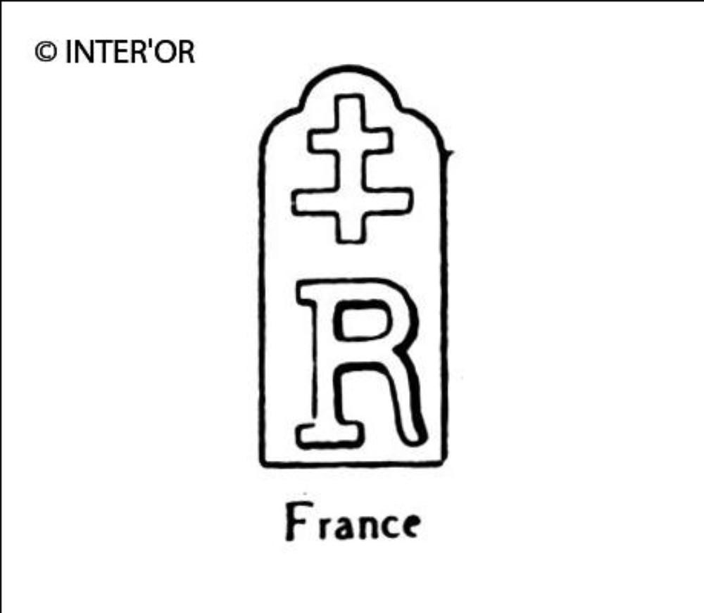 Croix de lorraine sur r