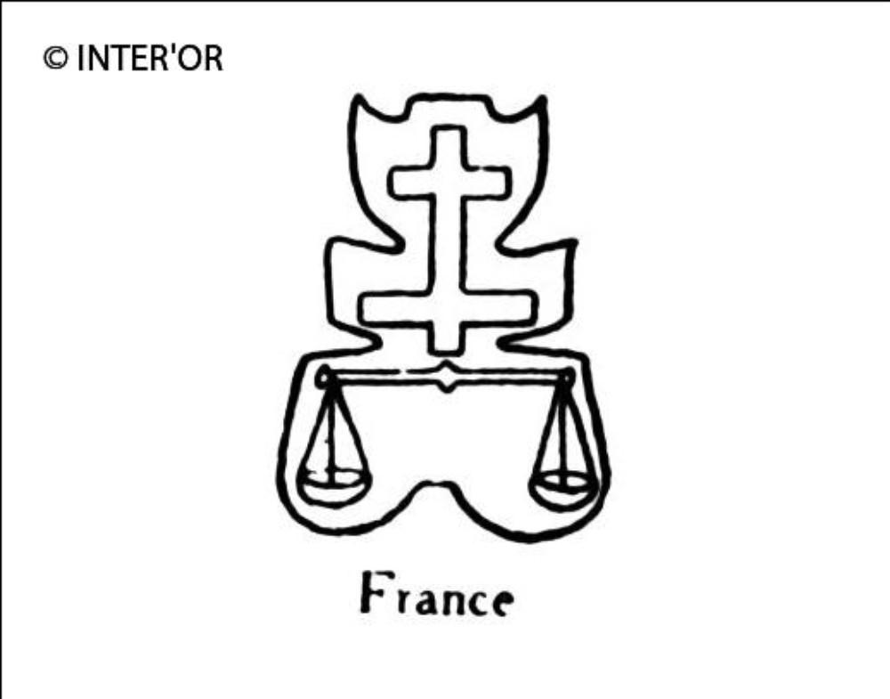 Croix de lorraine sur une balance