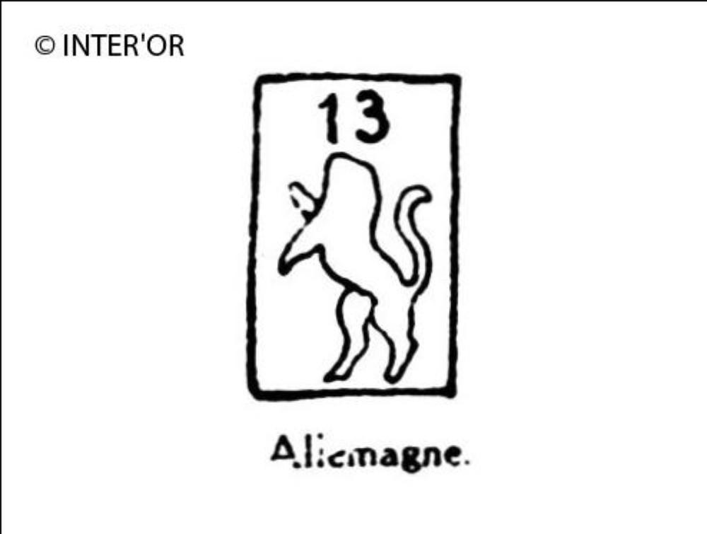 Lion debout et nombre 13
