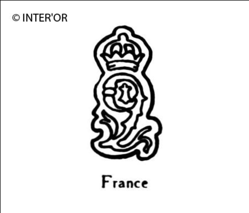 Numero 9 couronne hermine au milieu