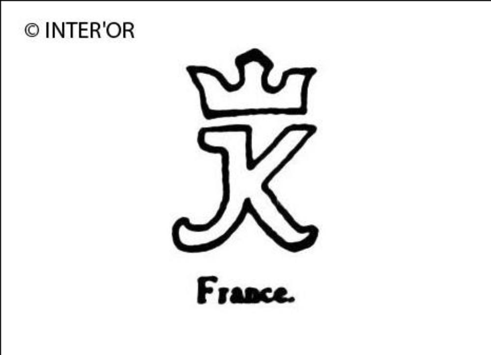 Petite lettre k couronnee