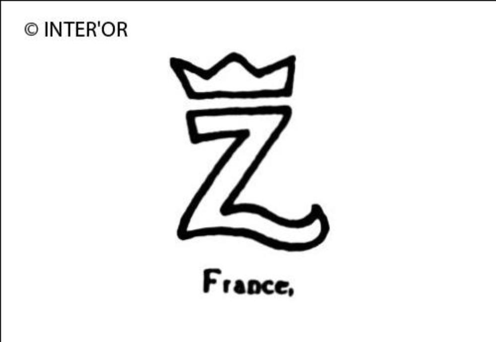 Petite lettre z couronnee