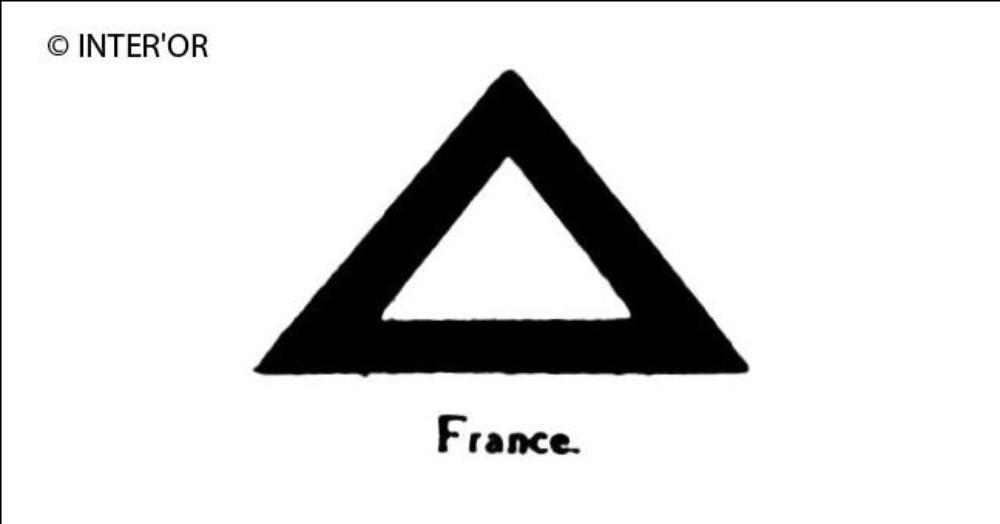Triangle equiangle